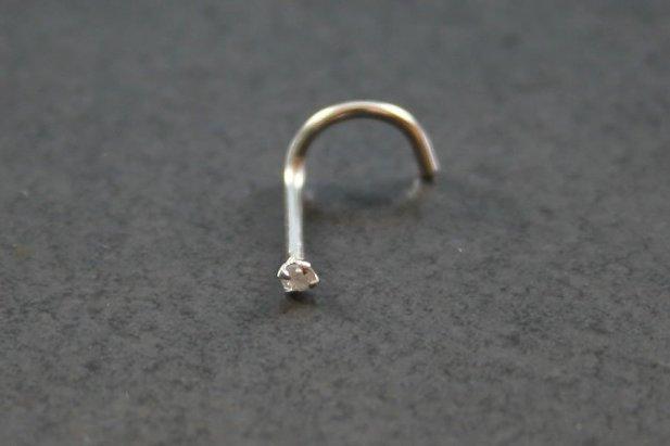 14K White Gold & Diamond Nose Screw