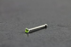 14kt White Gold 1.5mm Peridot Nose Bone