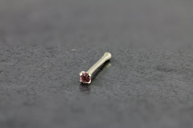 14kt White Gold 1.5mm Pink Nose Bone