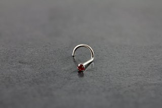 14kt White Gold 2mm Ruby Nose Screw
