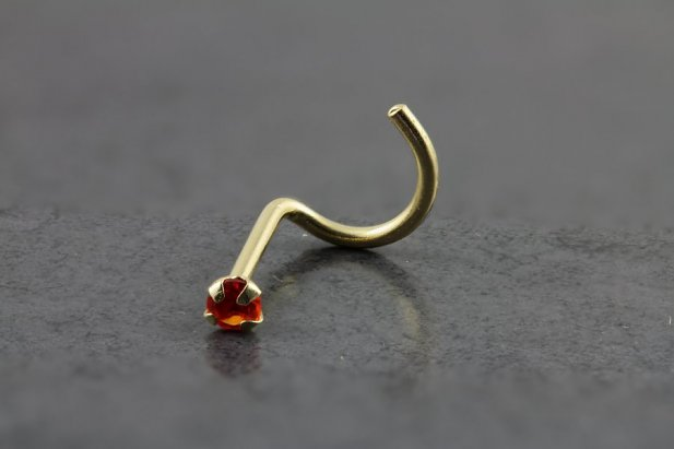 14kt Yellow Gold 2mm Ruby Nose Screw