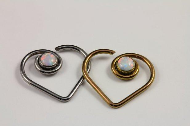 16 & 18g Niobium Heart with Opal