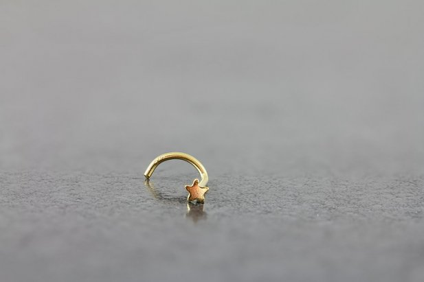Image of Gold Star Nose Screw body piercing jewellery NZ