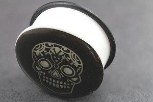 Acrylic Glow in the Dark Skull Single Flared Plugs