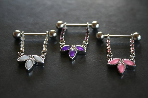 Image of Flower Dangle Nipple Ring body piercing jewellery NZ