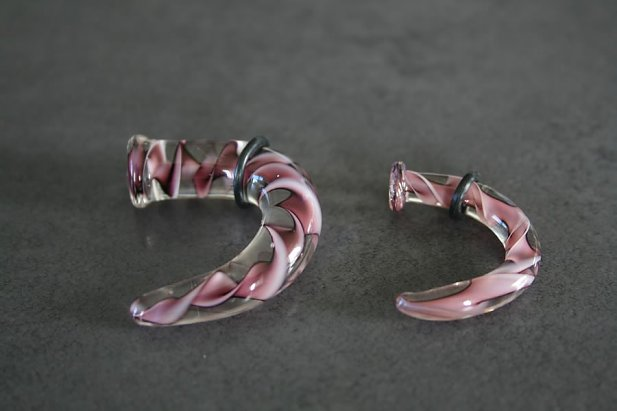 Image of Violet Ribbon Pyrex Talon body piercing jewellery NZ