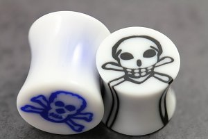 Acrylic Skull Inlay Flared Plugs