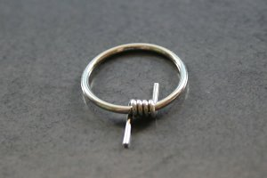 Barb Wire Captive Ring