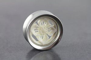 Bone Carved Flower Plug