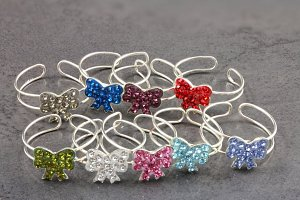 Bow Tie Jewel Toe Ring