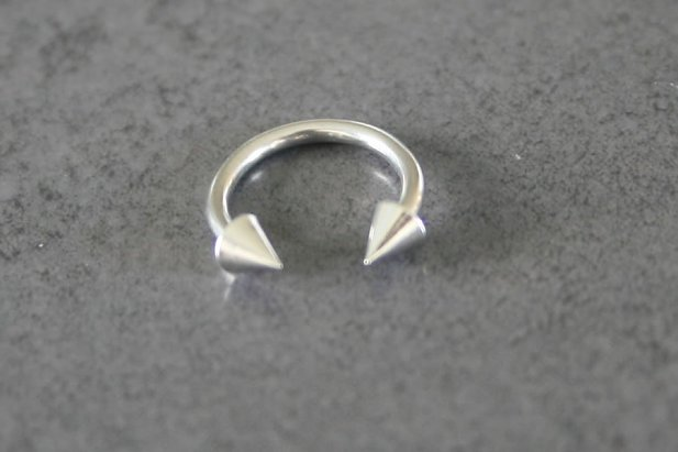 Circular Spike Steel Eyebrow Ring