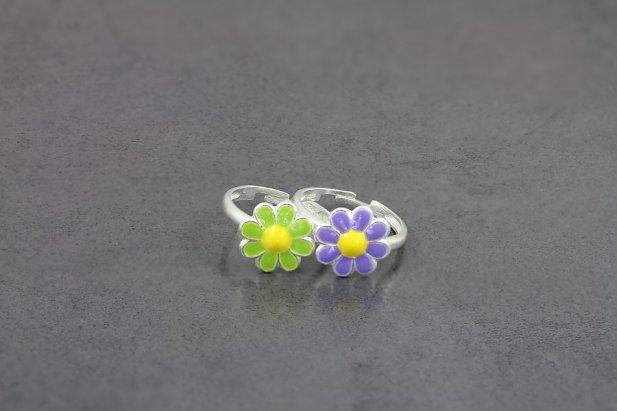 Cute Daisy Toe Ring