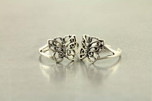 Dainty Butterfly Toe Ring