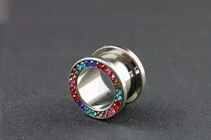 De Colores Threaded Tunnels
