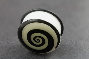 Glow in the Dark Spiral Plugs