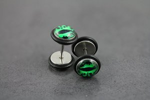 Green Eye Fake Plug