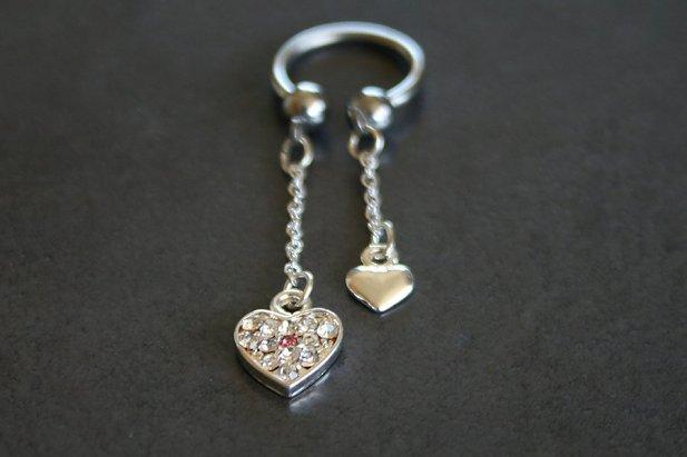 Heart Charms Dangle Nipple Ring