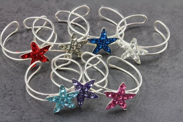 Jeweled Star Fish Toe Ring