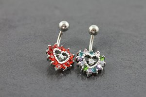 Jewelled Heart Belly Bar