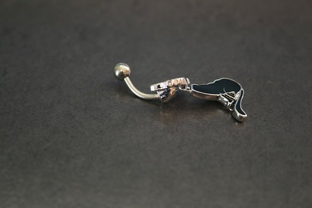 Moving Kitty Belly Ring