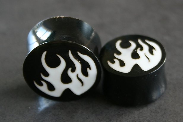 Organic Plugs with Flames