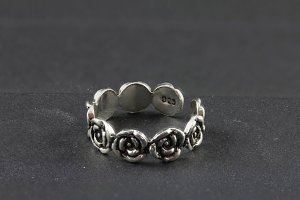 Rose Chain Toe Ring