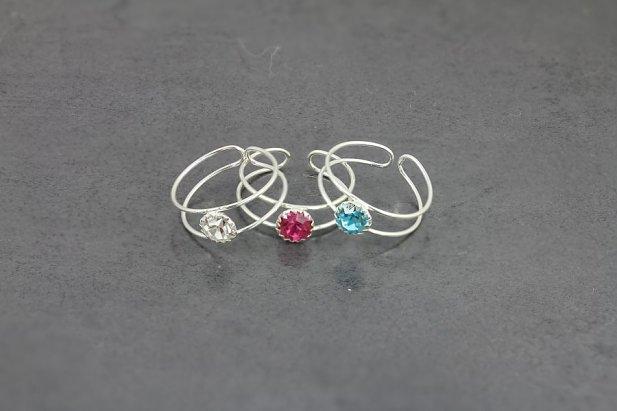 Single Jeweled Toe Ring