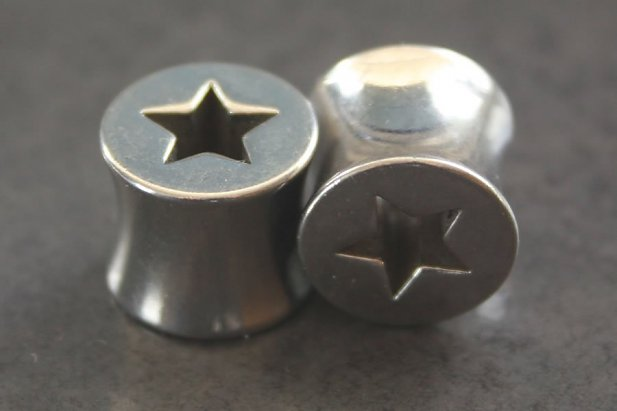 Steel Star Flared Saddle Plugs