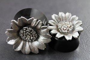 Sunflower Flared Horn Plugs
