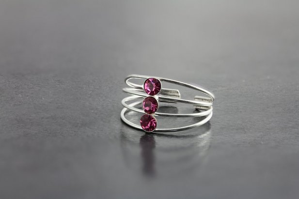 Three Jeweled Toe Ring