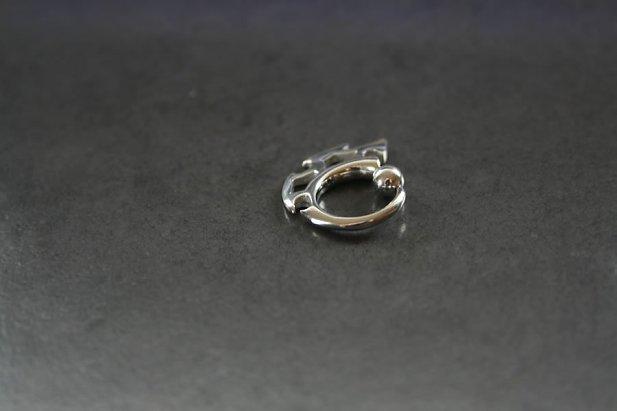 Triple Blade Captive Bead Ring