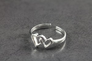Two Hearts Intertwined Toe Ring