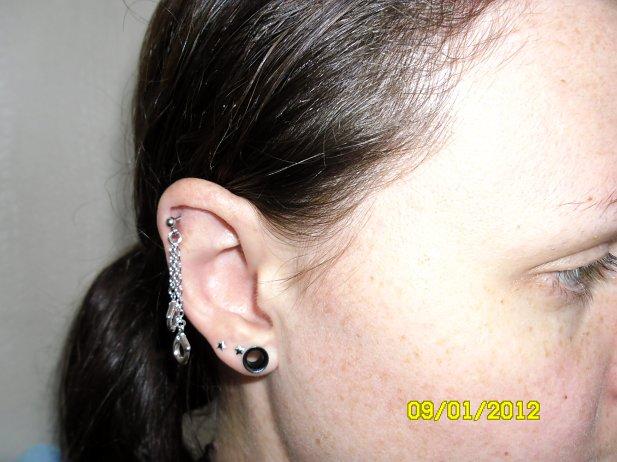 Handcuff Helix Piercing